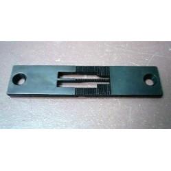 Игольная пластина 91-058108-04 x 6,4  Pfaff