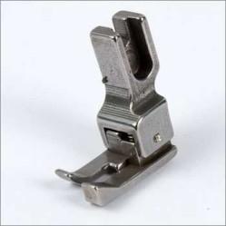 Лапка CR подпружиненная правая  для отделочной строчки
