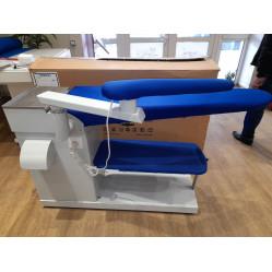 DYYT-B-2 220V гладильный стол консольного типа с рукавом, подогревом поверхности и вакуумным отсосом воздуха